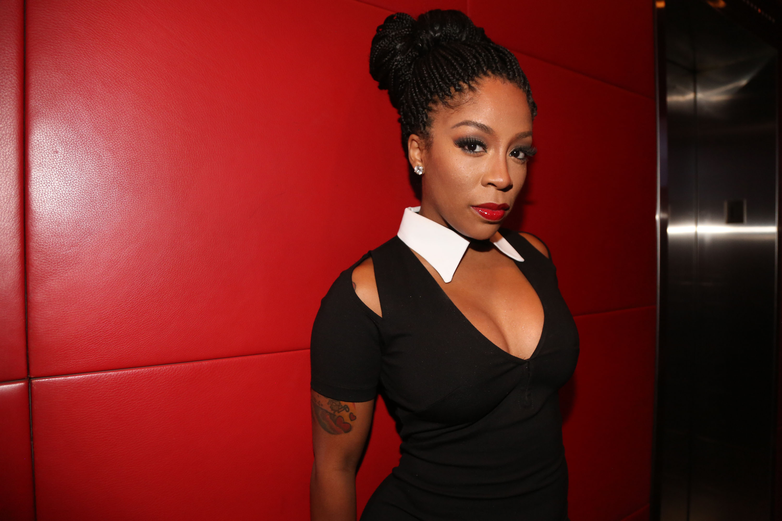 Tamar Braxton And K. Michelle Trade Insults In Ongoing