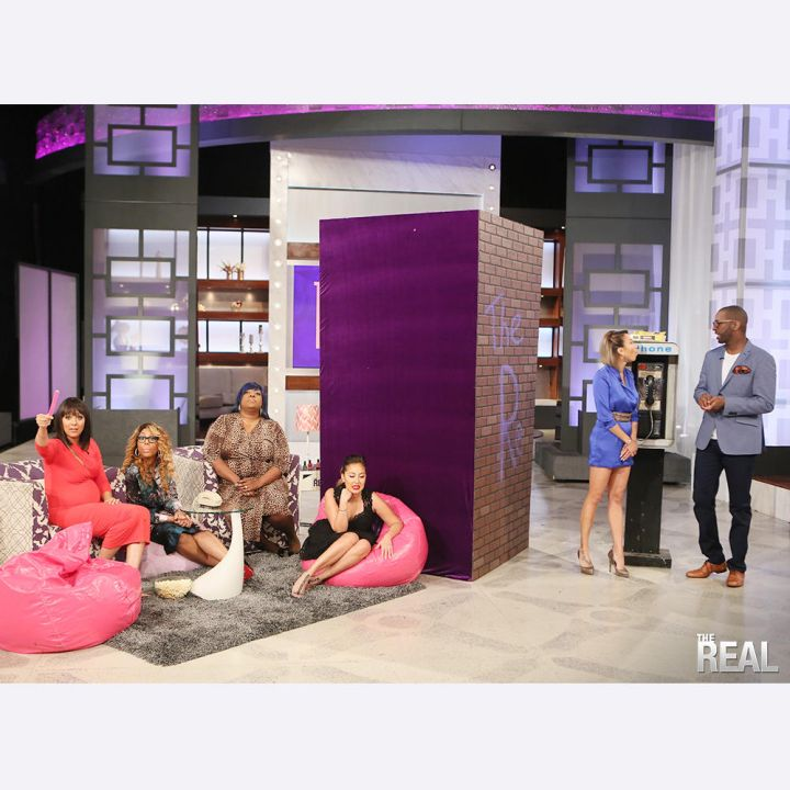 """Rickey Smiley with """"The Real"""" cast"""