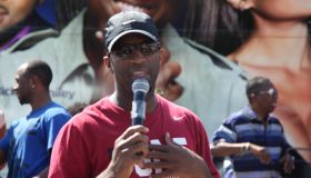 Rickey Smiley Bus Tour In Atlanta