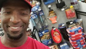 Rickey Smiley Visits Lowe's!