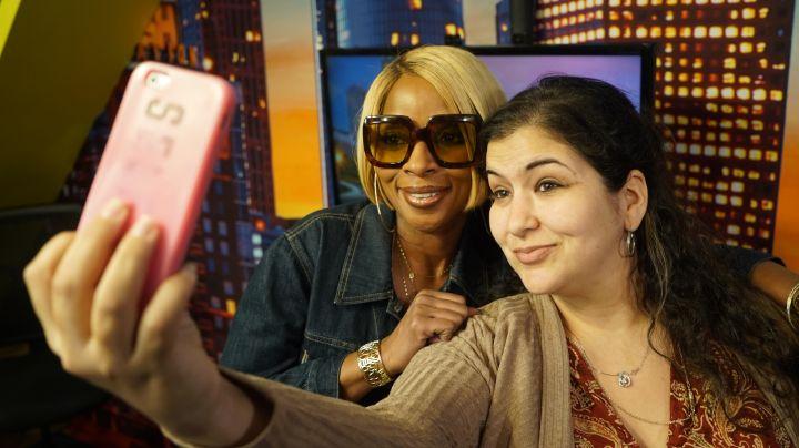 Mary J. Blige & Beyonce Alowishus