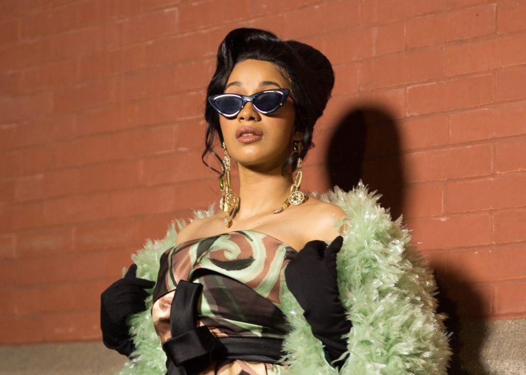 Street Style - New York Fashion Week February 2018 - Day 7