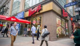 Wendy's to use cage-free eggs