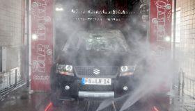 SUZUKI Grand Vitara, SUV, car in car wash, Germany
