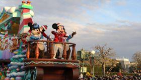 JAPAN-CHIBA-DISNEY-CHRISTMAS PARADE