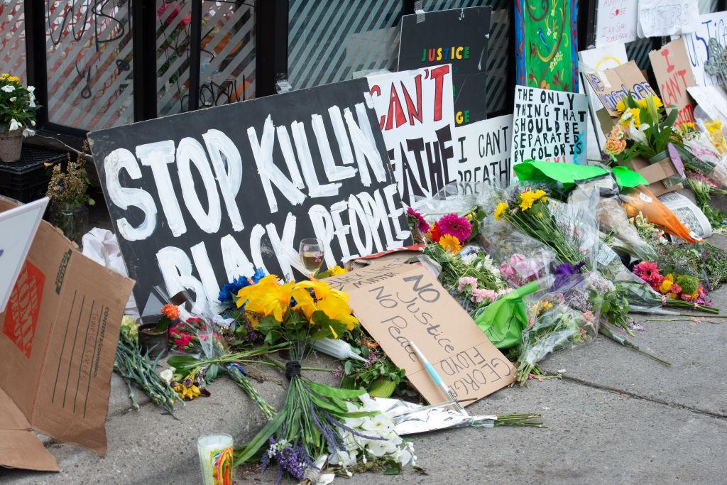 US: Minneapolis declares curfew amid Floyd protests